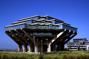 UC San Diego, Geisel Library